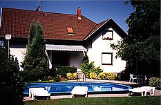 Villa Bruder.  Swimming pool. Accommodation in Siofok close to Balaton. Barbecue, terrace, closed parking