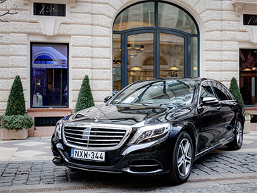 Luxury Travel in Hungary. Executive car and VIP airport transfer services. Private Tours. Luxury accommodation.